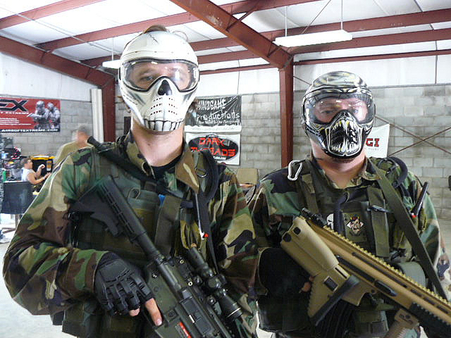 Source: http://blog.savephace.com/2013/04/10/paintball-protection-from-head-to-toe/