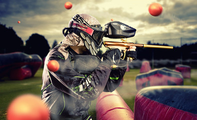 Airsoft Vs Paintball: Pros and Cons – Which One Is Right for You